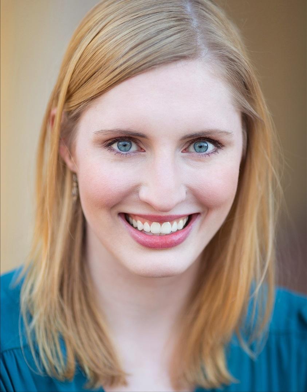 Rachel Arling Samson headshot
